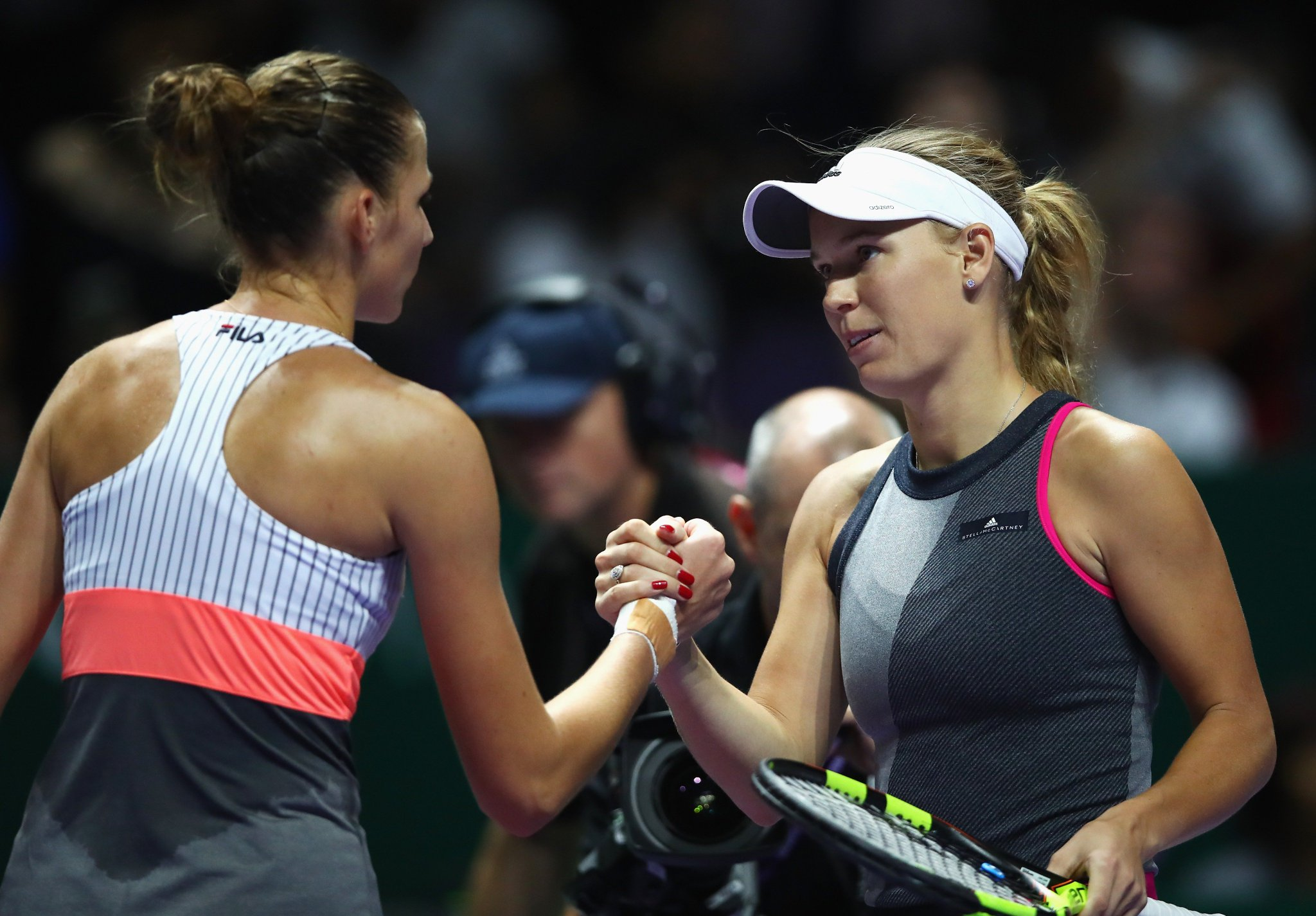 .@CaroWozniacki and @KaPliskova are up next at @WTAFinalsSG!  Relive their rivalry in ��--> https://t.co/lfwclWOlyg https://t.co/swurnuP4rM