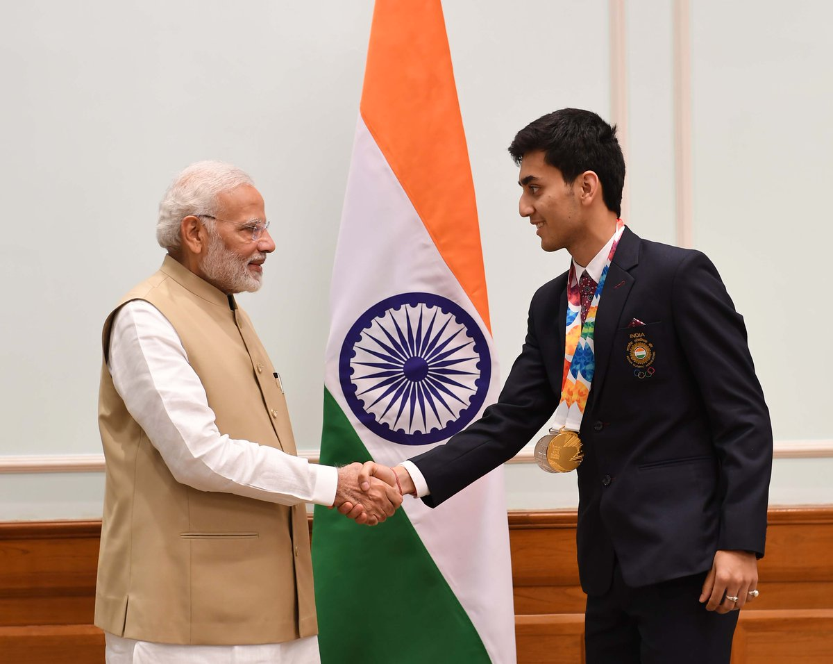 It was a proud moment for India, when the young and energetic @lakshya_sen bagged the Silver in Men's Singles Badminton at 2018 Youth Olympic Games. His focus on the game and sportsman spirit are admirable. Glad to have met him today.
