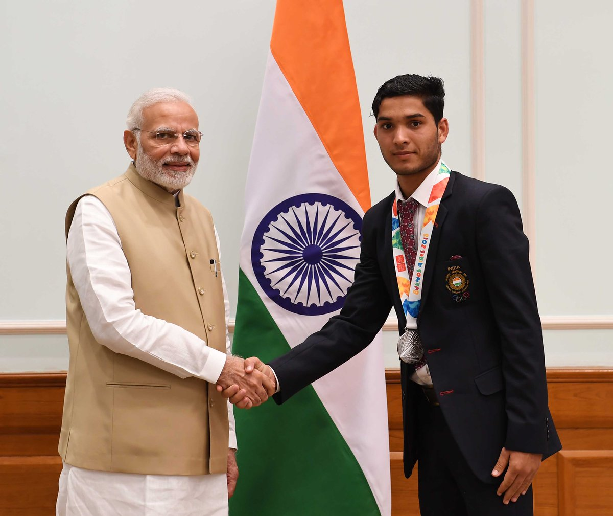 Uttarakhand's Suraj Panwar has made India proud on the world stage by securing a Silver medal in the Men's 5000m Race Walk at the 2018 Youth Olympic Games. Many congratulations to him for this accomplishment and may he keep on attaining new milestones!
