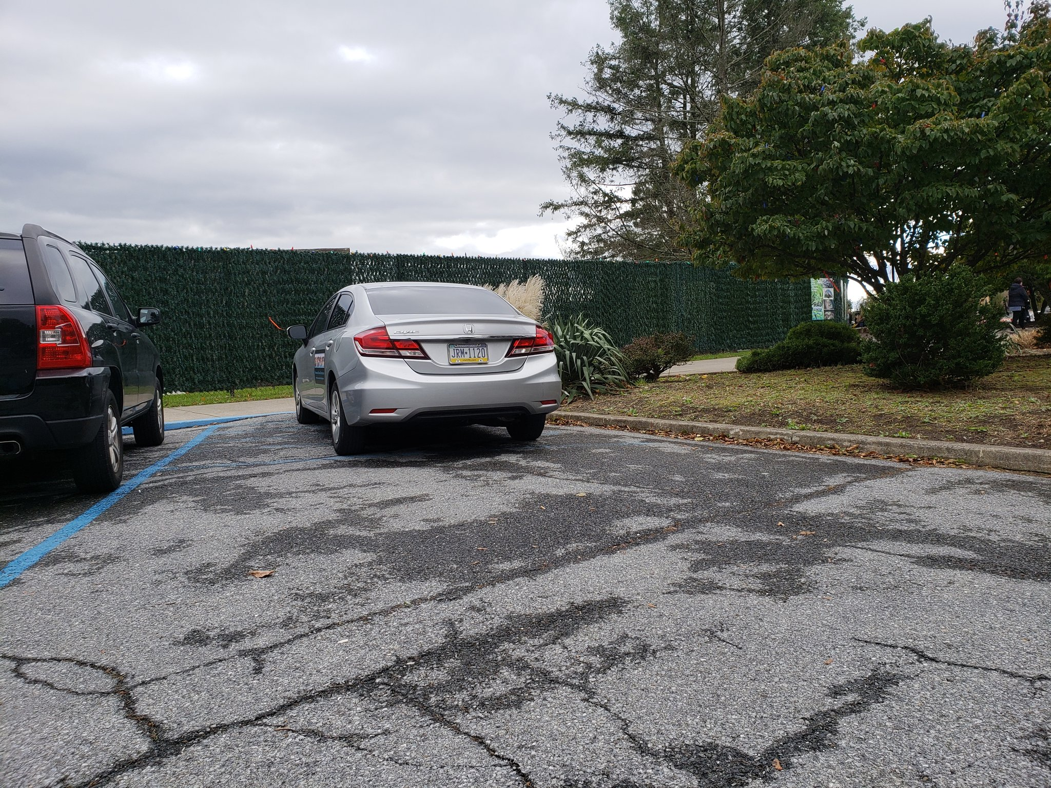 This pisses me off! #hashmarks #are #not #a #parking #space . https://t.co/NEMKaAT1HK