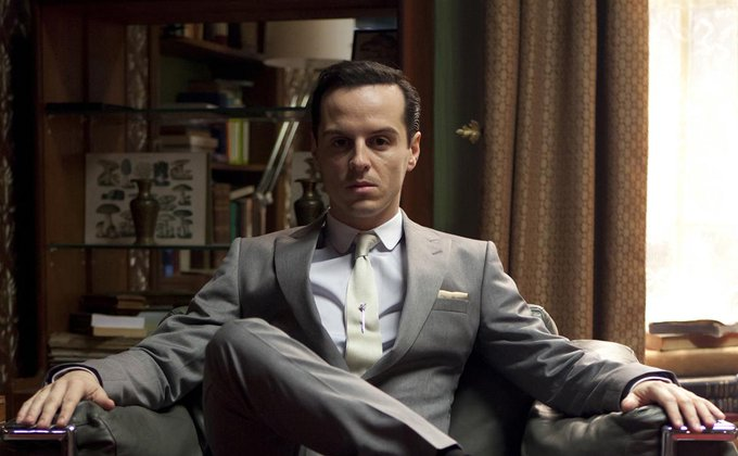 Happy birthday to Andrew Scott!! He did an excellent work portraying Moriarty, what a talented actor!