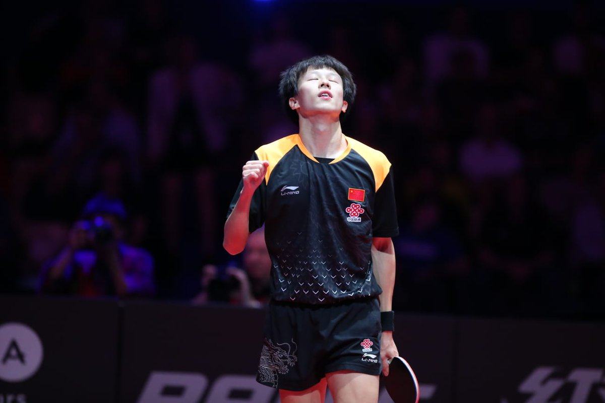 Bronze medal for Lin Gaoyuan 🇨🇳at Liebherr 2018 Men's #ITTFWorldCup! 👏 #Congratulation