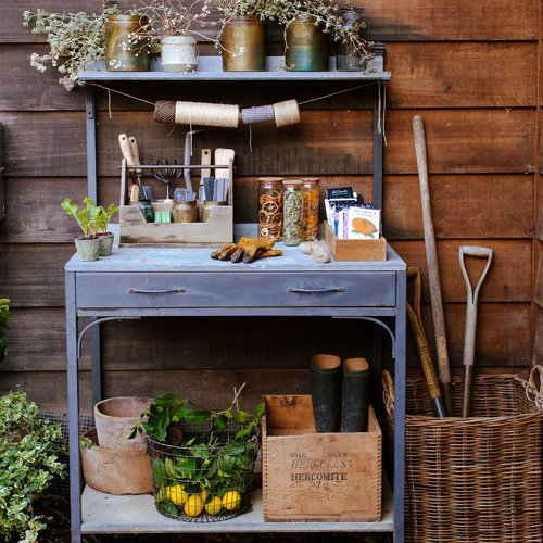 11 Stylishly Functional Garden Benches: https://t.co/WbteqrSRCz