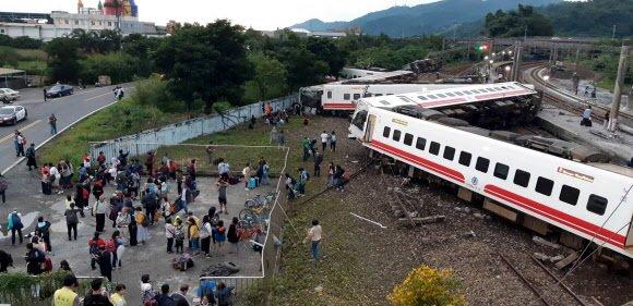 대만 최악의 열차 참사로 최소 18명 사망, 160여명 부상 https://t.co/v2tK2PpbM1