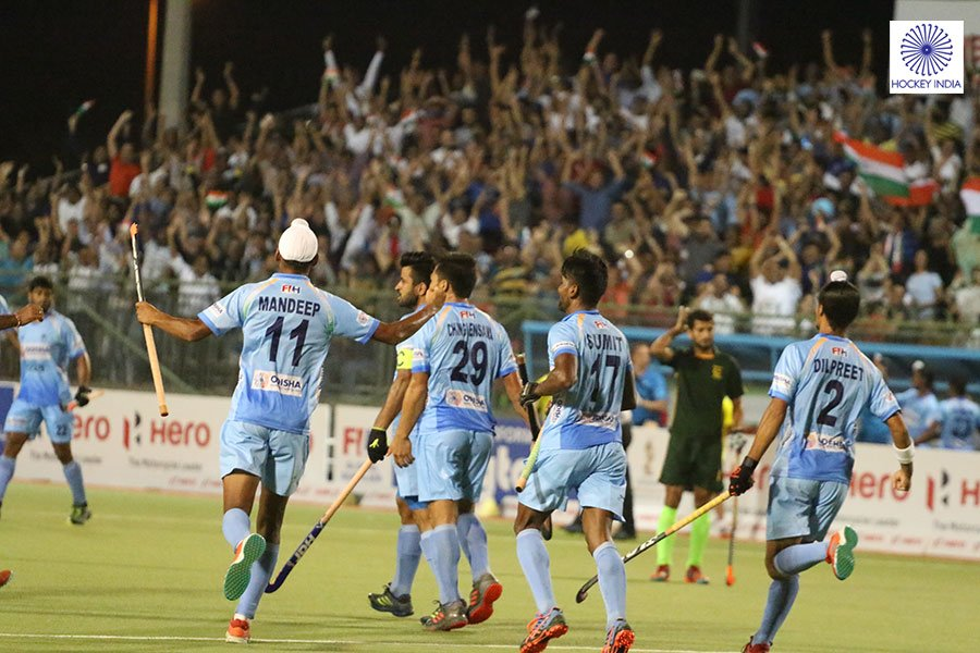 #ICYMI: The Indian Mens Hockey Team defeated Pakistan by a 3-1 score-line in a competitive clash at the Hero Asian Champions Trophy 2018 as they fought back to claim victory after falling behind. Read to know: bit.ly/2ypDhpi #IndiaKaGame #HeroACT2018 #INDvPAK