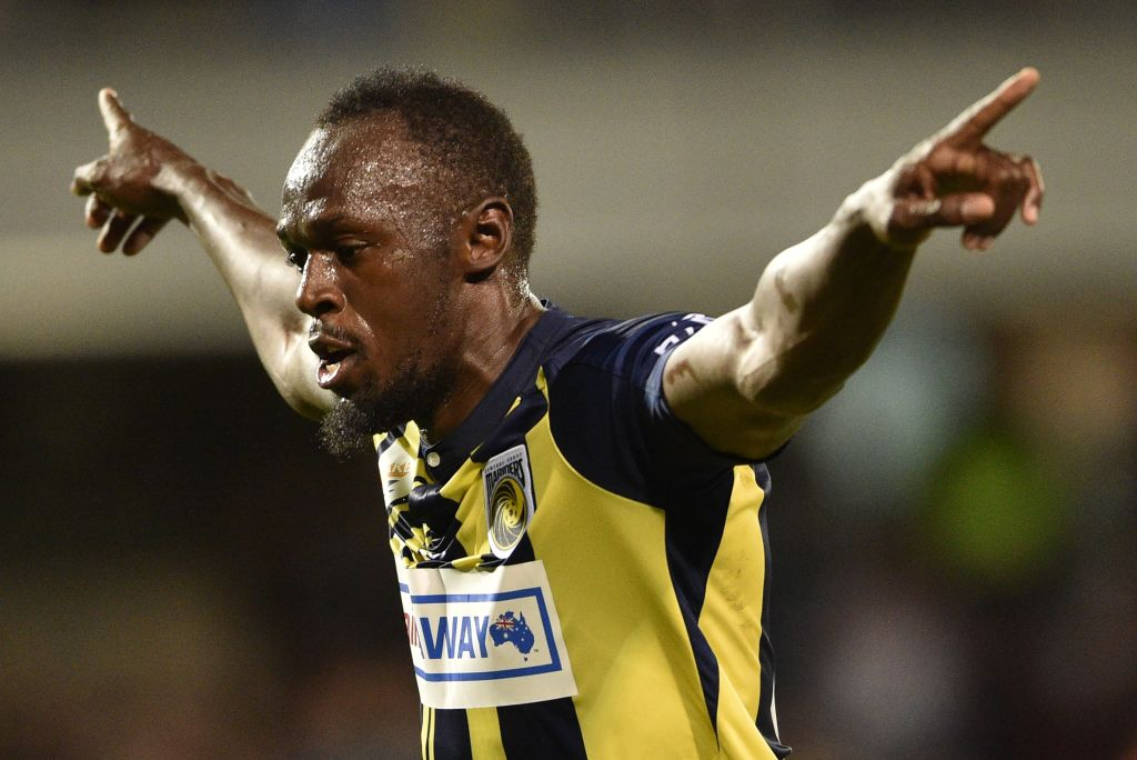 Its happening! Eight-time Olympic sprint champion Usain Bolt has been offered a professional football contract. ➡️ bbc.in/2S6AUQ8