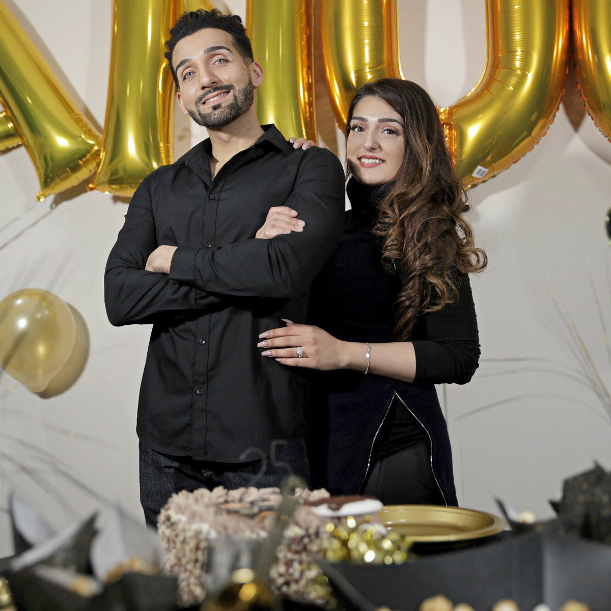 Sham Idrees On Twitter Happy Birthday To My Sister Idreesanaa Thank U For Letting Me Post This Pic After Rejecting 99 Others