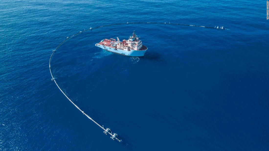 A 2,000 foot-long floating pipe nicknamed Wilson is about to start its mission to collect all the plastic in the middle of the Pacific Ocean https://t.co/gr6YYcLFPv