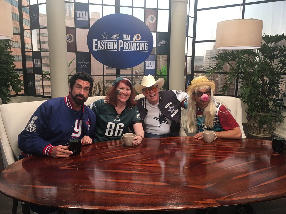 Who's watching the Eagles? Great time on  @NFLonFOX pre show! Swipe! Thanks, @RobRiggle from Captain Jack on #theoffice to NFL on Fox. @NFLonFOX Full circle! #gobirds @almadrigal @owenburke
