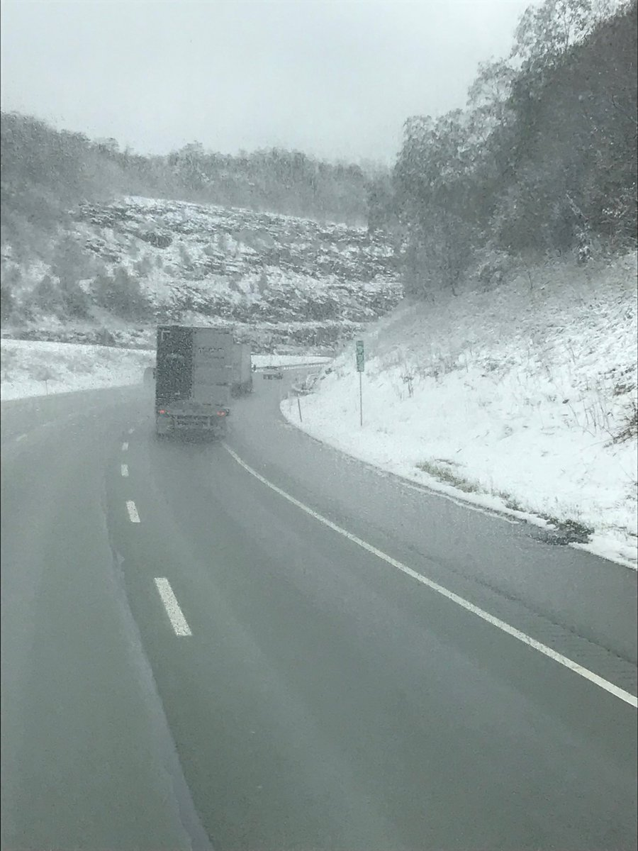 Heading to DC - hit the PA mtns - snowfall in October    #8thGradeTrip.   Something different every year <br>http://pic.twitter.com/60yVt8zRt4