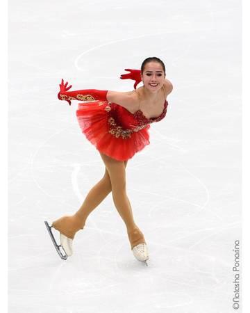 Алина Ильназовна Загитова-2 | Олимпийская чемпионка - Страница 2 DqDKg4LXQAE-ElE