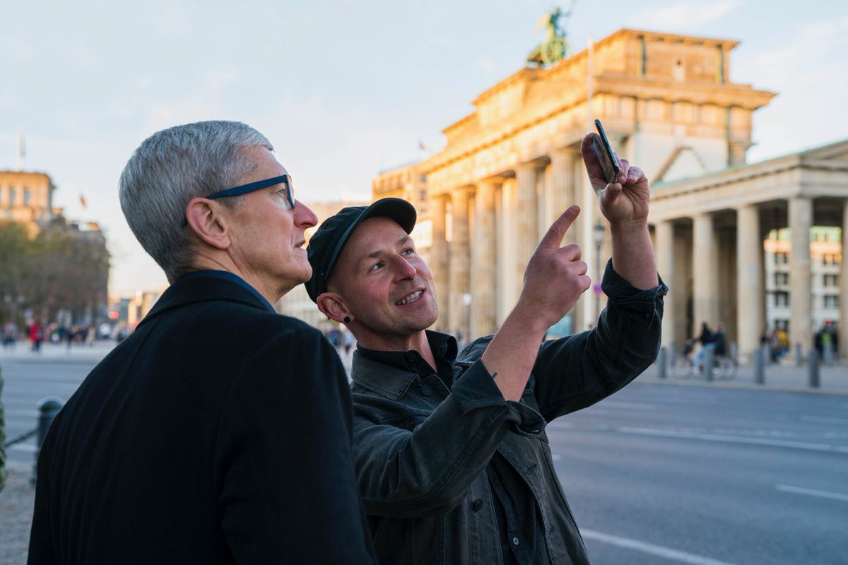 Schön, wieder einmal in Berlin zu sein! Thank you @peterkolski and the mauAR team for bringing the Berlin Wall's history to life through augmented reality — a new way to learn from the past. We are looking forward to seeing your app on the App Store!