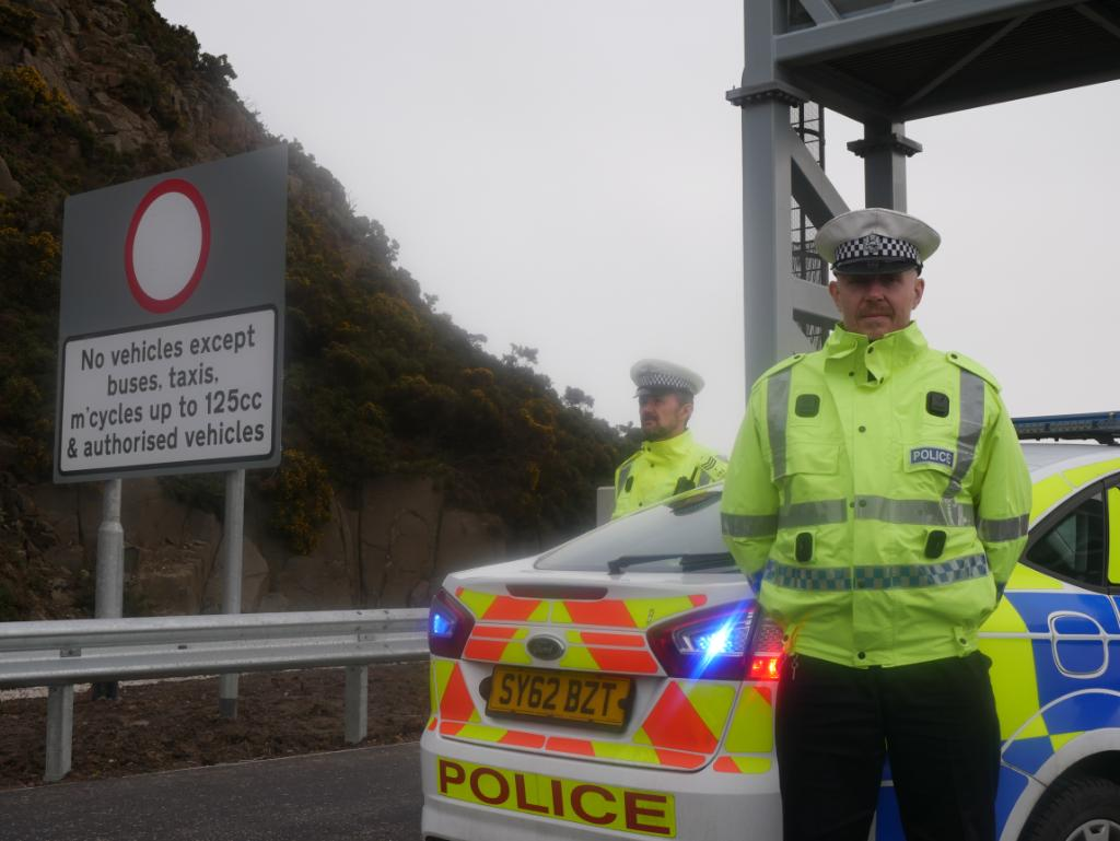 test Twitter Media - Thinking using the #A9000 Forth Road Bridge and not a permitted vehicle ❓   @policescotland are enforcing the #A9000 Forth Road Bridge restrictions  For access restrictions check 👉 https://t.co/dbnCJN0cEE @TheForthBridges   @policescotland @transcotland https://t.co/ywk3hfFUsC