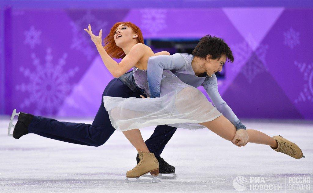 Заворотнюк танцы на льду грудь фото, сайты эротического содержания видео
