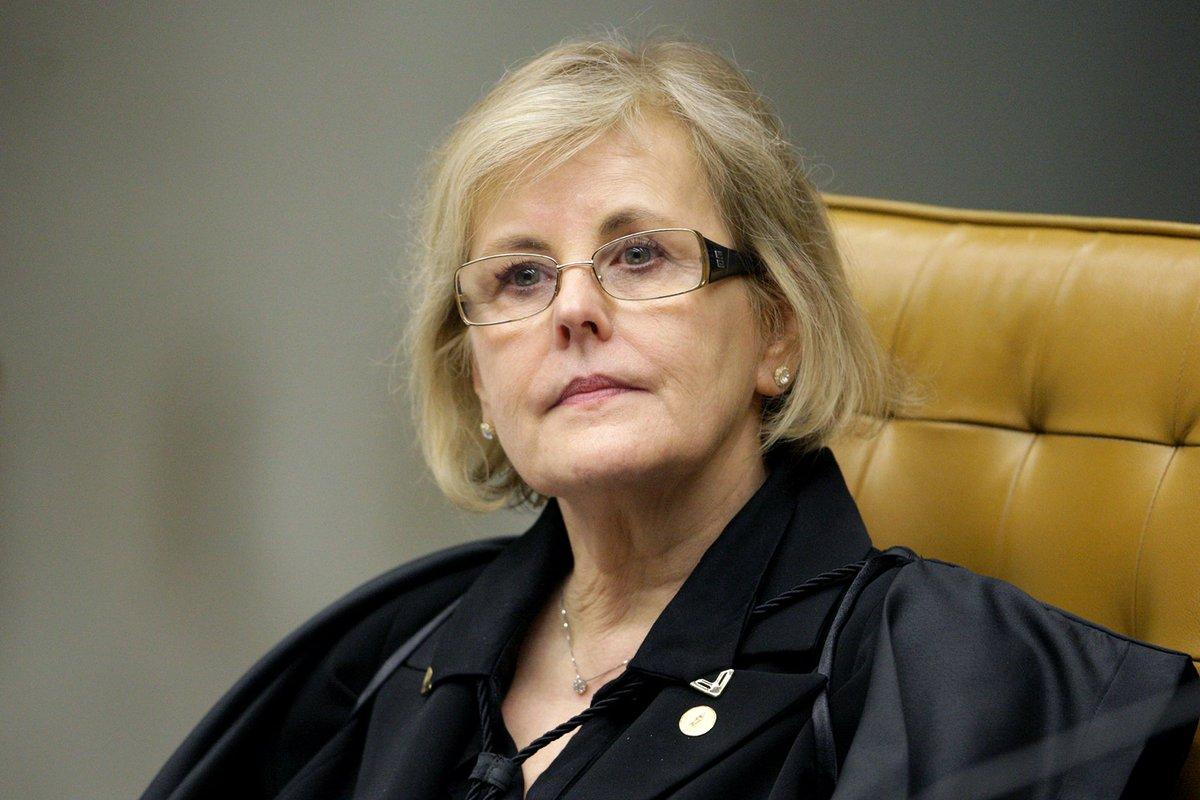 """Rosa Weber diz que declaração de Eduardo Bolsonaro """"pode ser compreendida como inadequada"""" https://t.co/nXY97ReFpq"""