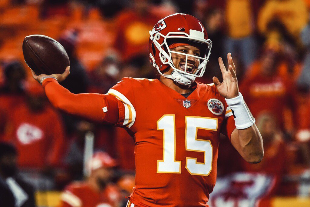 234 yards 19/25 3 TDS Chiefs up 24-7  Another showtime performance brewing for Mahomes 🔥