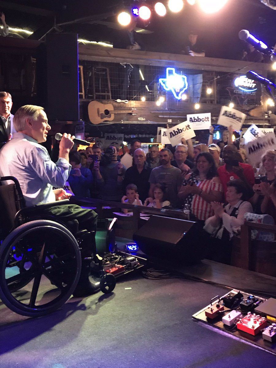 Ted Cruz & I are speaking to a jam packed crowd in Houston who are ready to go vote early tomorrow. Join them and .   #KeepTexasRed@SenTedCruz#TxLege#tcot