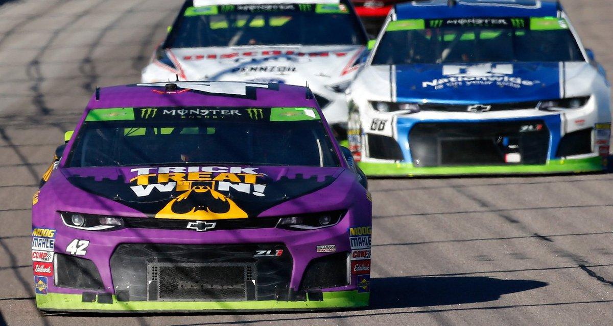 Four Eliminated fron #NASCARPlayoffs in Kansas  STORY: https://t.co/OXE24mcVUS  #NASCAR   #AskMRN