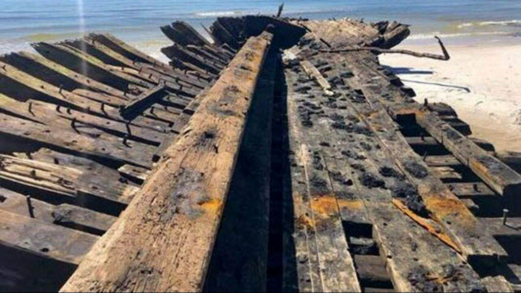 Ships wrecked on Dog Island in 1899 unearthed by Hurricane Michael https://t.co/VZ6uboubo2