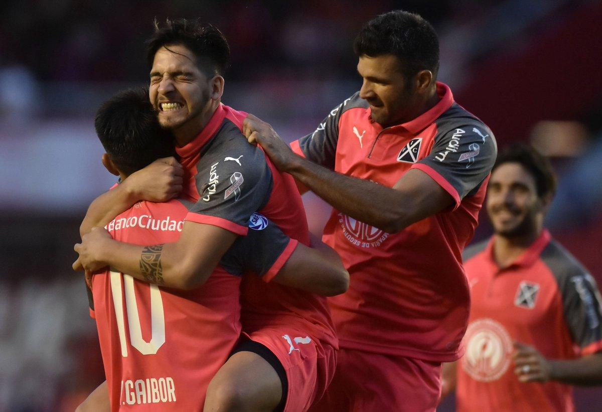 Independiente 3 Huracan 1  - Superliga 2018/19 (Fecha 9) - Vídeo DqEQY2IWwAAcujI