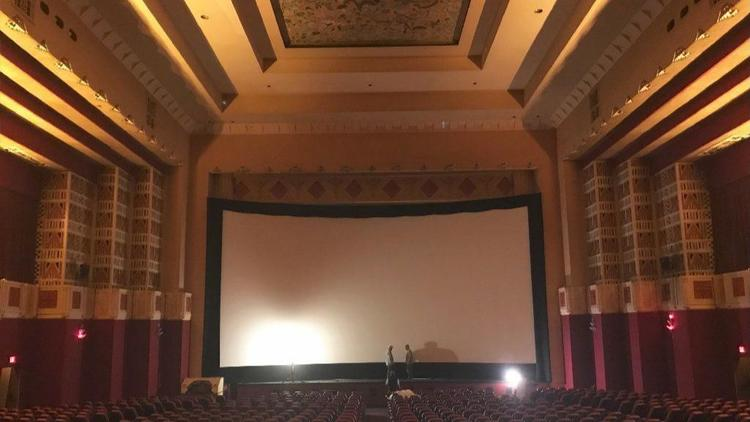As renovation work continues on the Pickwick Theatre in Park Ridge, owner Dino Vlahakis says moviegoers can expect to watch new, first-run films there by the middle of next month. https://t.co/0xHDFfIGWu