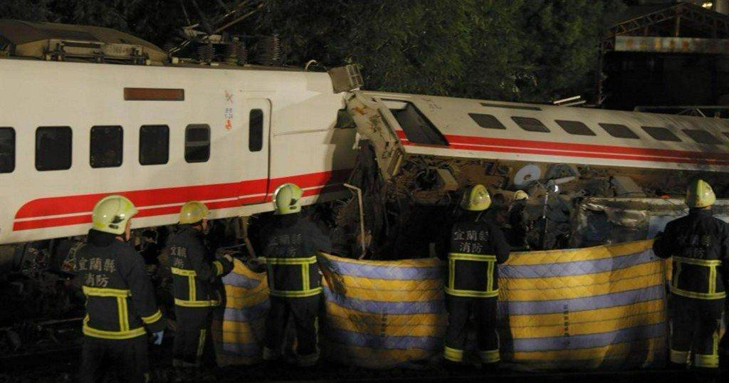 At least 18 killed in Taiwan train derailment https://t.co/ePTUx2K8hQ