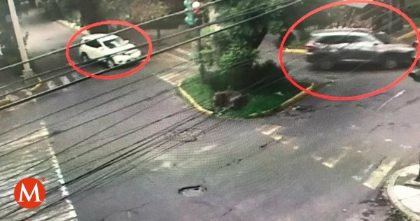 Captan vehículos en los que huyeron atacantes en casa de Norberto Rivera https://t.co/0uEncmf5ns https://t.co/cebgua1ljm