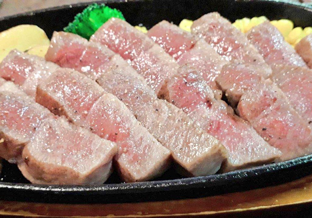やばいっwwwこのステーキのお肉は絶対美味しい!外国の方に大人気のようですwww
