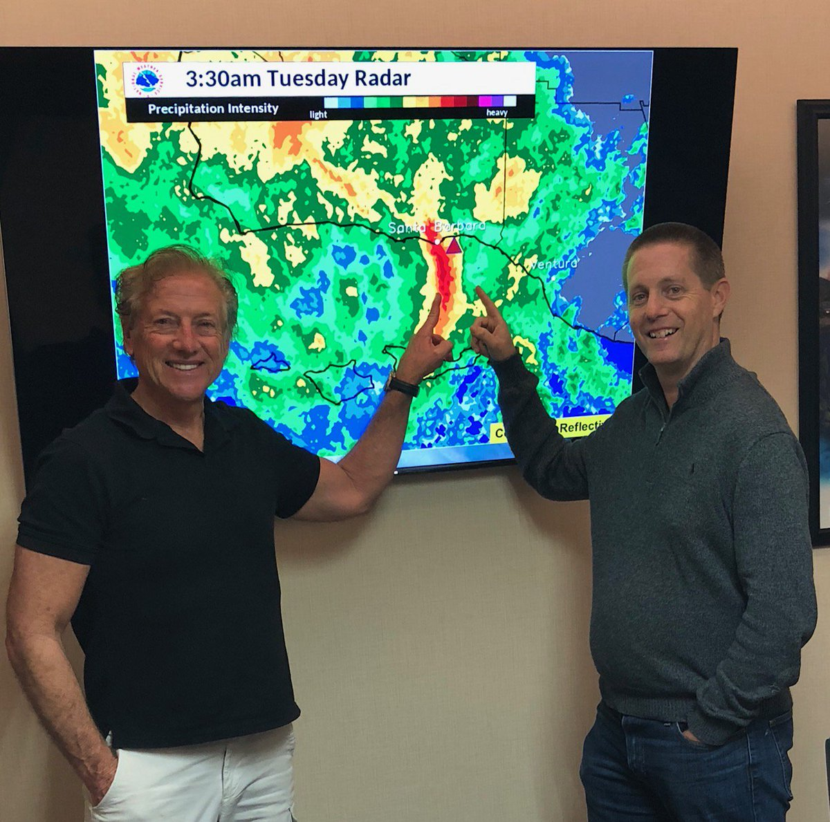 @abc7dallas Dallas Raines visited the @NWSLosAngeles  Sunday eve working with Dave Gomberg and  @Curtkap in learning details of the #Montecito debris flow in respect to Decision Support before and after the devastating event.  Our media partners are essential for messaging. #cawx