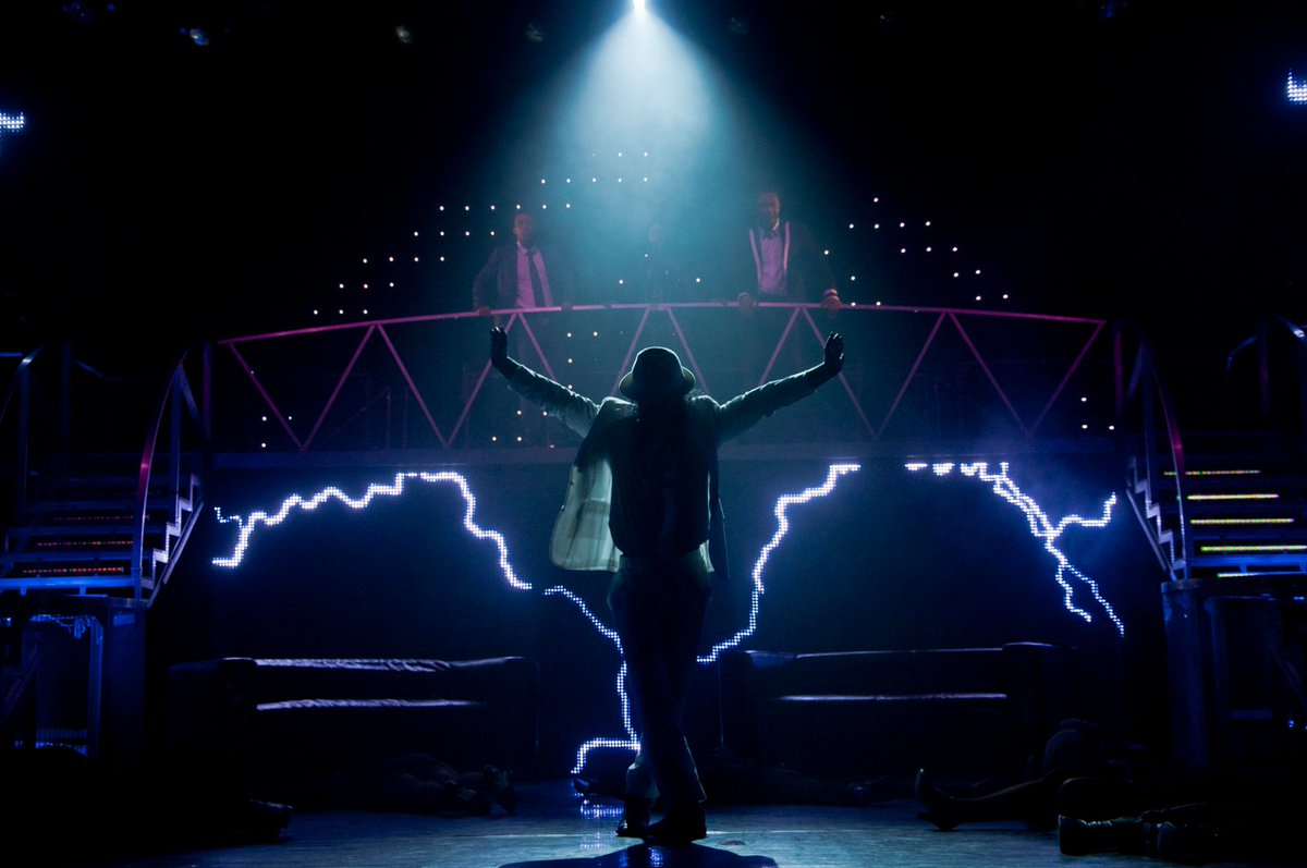 #ThrillerLive, a musical celebrating the life of #MichaelJackson, is coming to the @DubaiOpera  https://t.co/zjSzJ3Lmvn