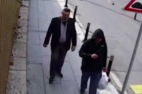 'Hitman' seen walking around Istanbul in murdered Jamal Khashoggi's clothes https://t.co/0JzyTEPRfi