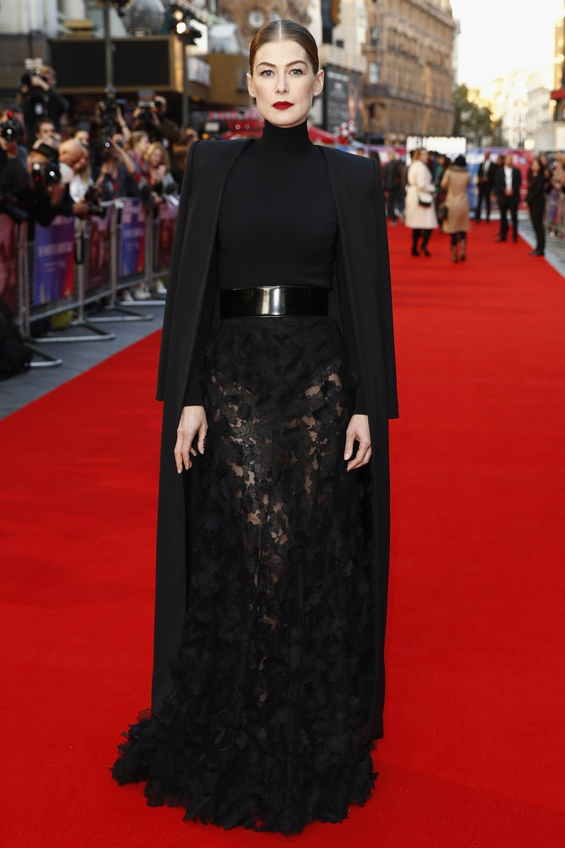 #RosamundPike wore a #GivenchyCoutureSS18 outfit, designed by #ClareWaightKeller, to the A Private War UK Premiere held during the 62nd BFI London Film Festival. #LFF
