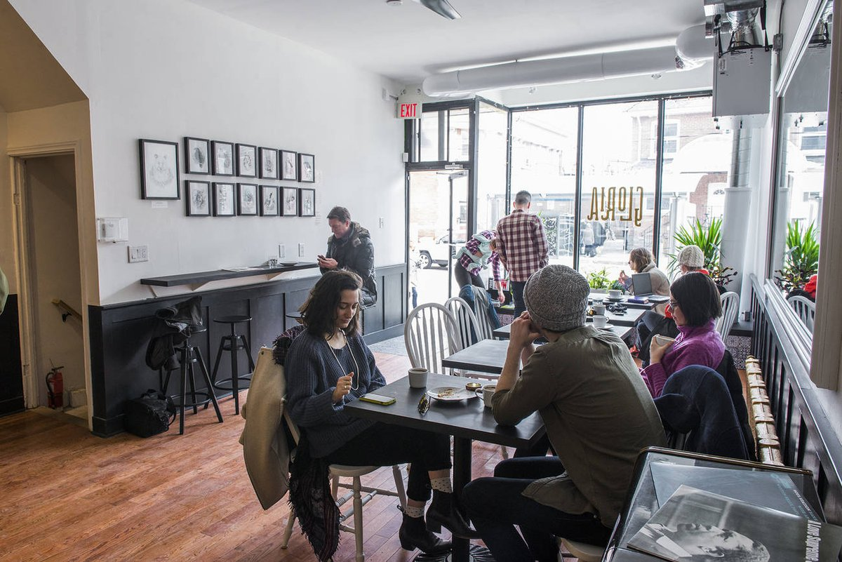 #Toronto cafe calls out customers who used it as home office https://t.co/I4m4BShq5p