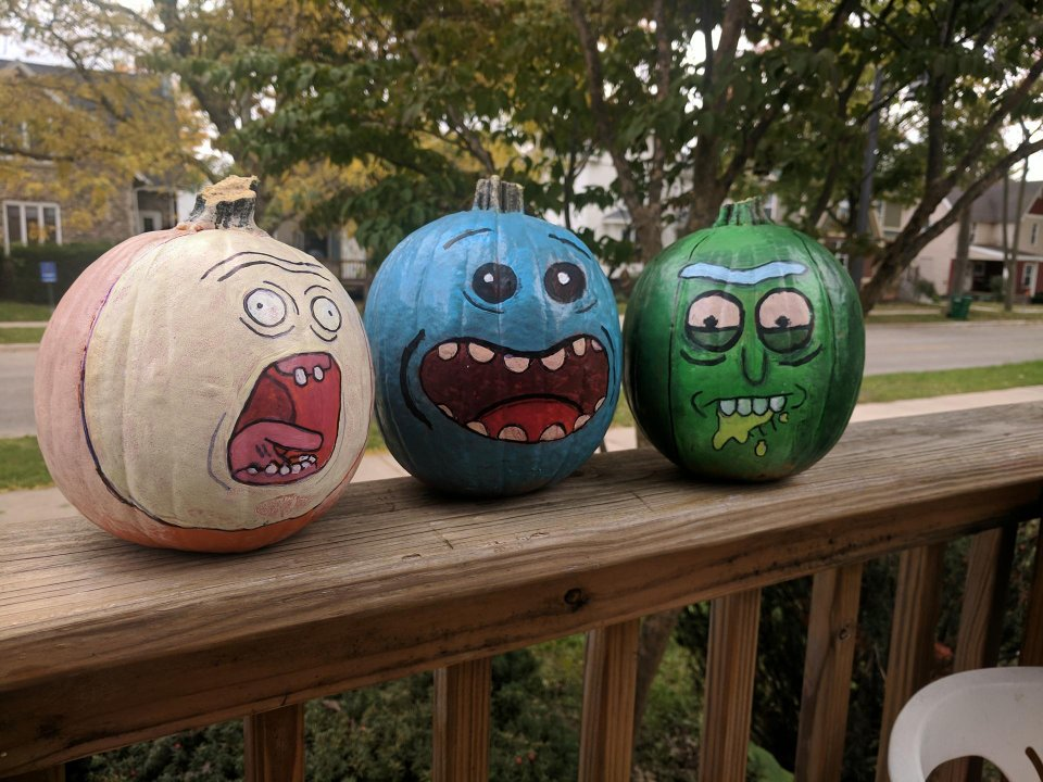 Show us your pumpkins.  h/t: https://t.co/WNDtuffznf & https://t.co/oFeQ2fut0t