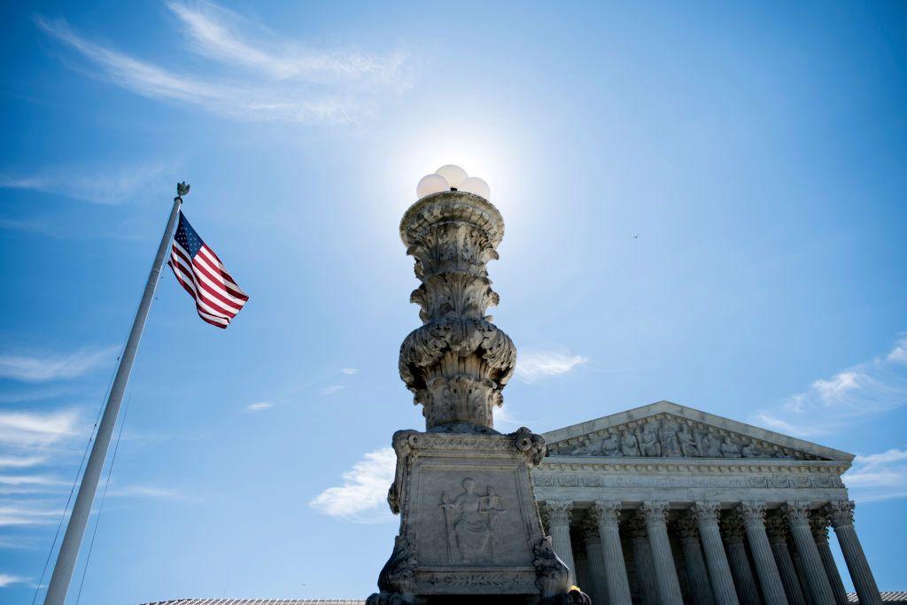 Supreme Court halts landmark climate change lawsuit https://t.co/BfHe895d48 https://t.co/AgRY2MiZQg