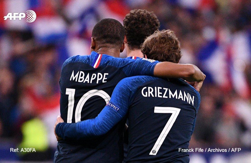 ⚽🏆 ¿Modric?, ¿Griezmann?, ¿Mbappé?: El Balón de Oro se juega en la Champions #AFP  https://t.co/StR2C3Ys5K