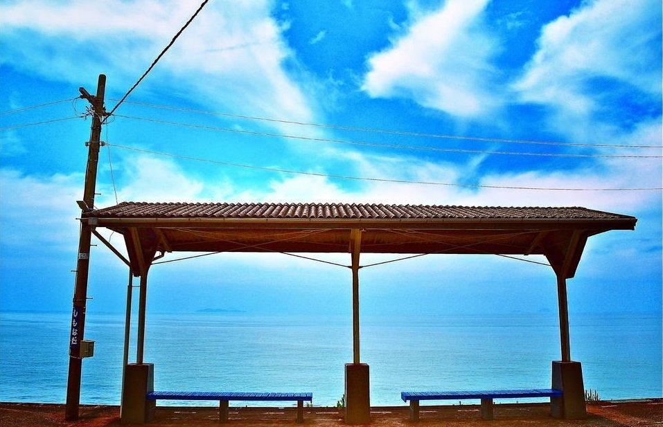下灘駅(愛媛)※かつては海に一番近い駅だった https://t.co/wA39u8gr7Y