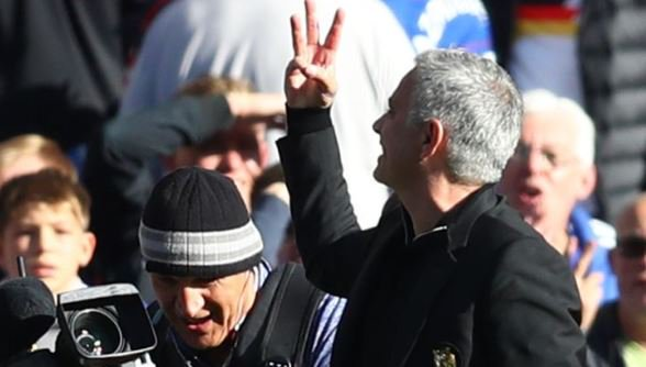 🔥'CHELSEA COACH RIDICULOUS' 🔥  The wild celebration of Chelsea coach Marco Ianni - which led to a confrontation with Jose Mourinho - was 'totally ridiculous', says Alan Pardew 👉👉 https://t.co/uQ1TM6HKLE