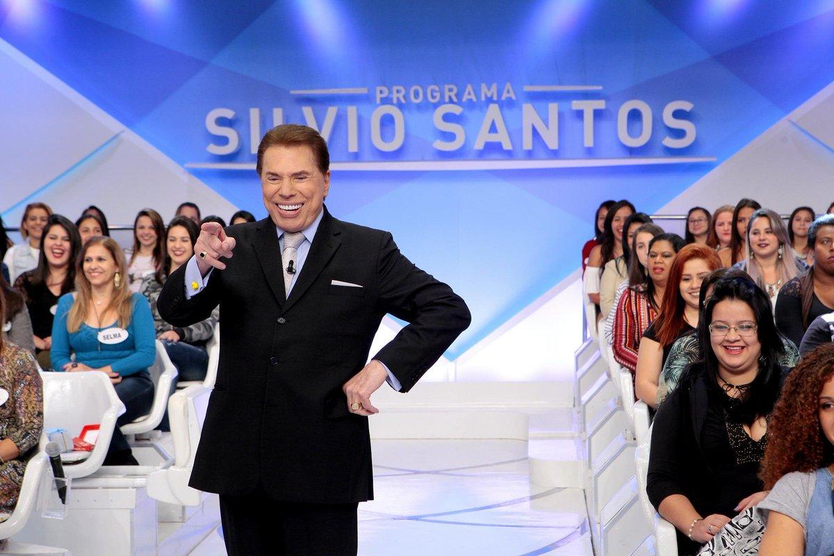 > Si@Emais_Estadaolvio Santos diz que, quando morrer, quer que cinzas sejam jogadas no auditório do Ratinho https://t.co/O84pQuDztB