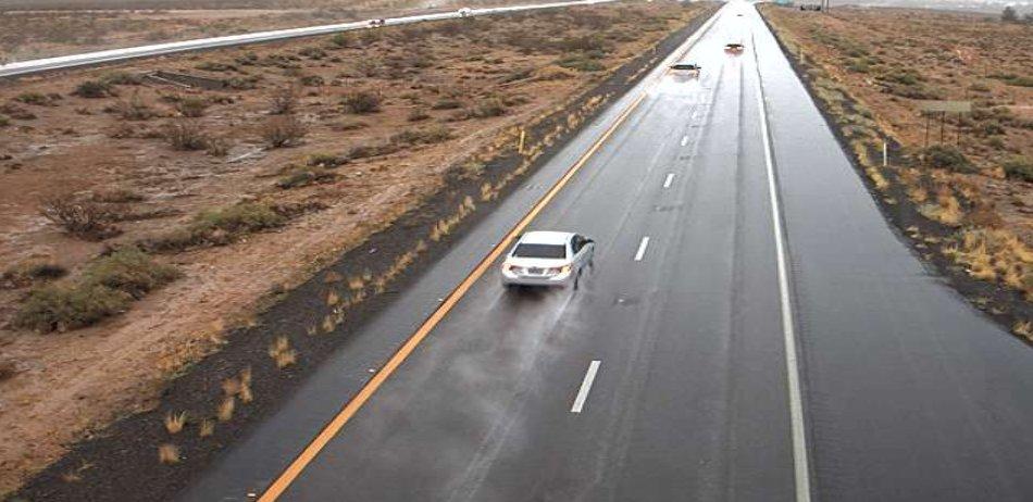 I-15 near Littlefield: Slow down on wet roads across northwestern Arizona. #aztraffic #azwx