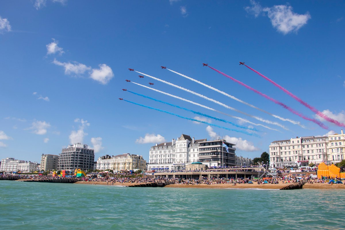 Eastbourne Air Show >> Eastbourne Airshow On Twitter We Can Confirm The Rafredarrows