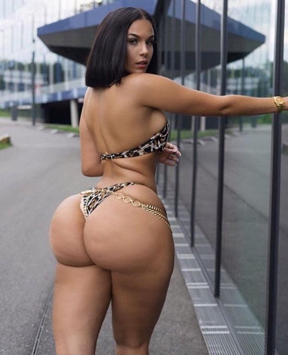 Luscious Louis Big Booty Lucious Pussy