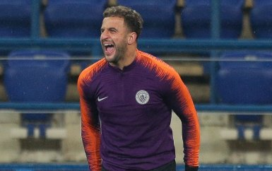 Manchester City defender Kyle Walker is in contention to play against Shakhtar Donetsk having recovered from a groin injury. Read more: bbc.in/2PiyyPG