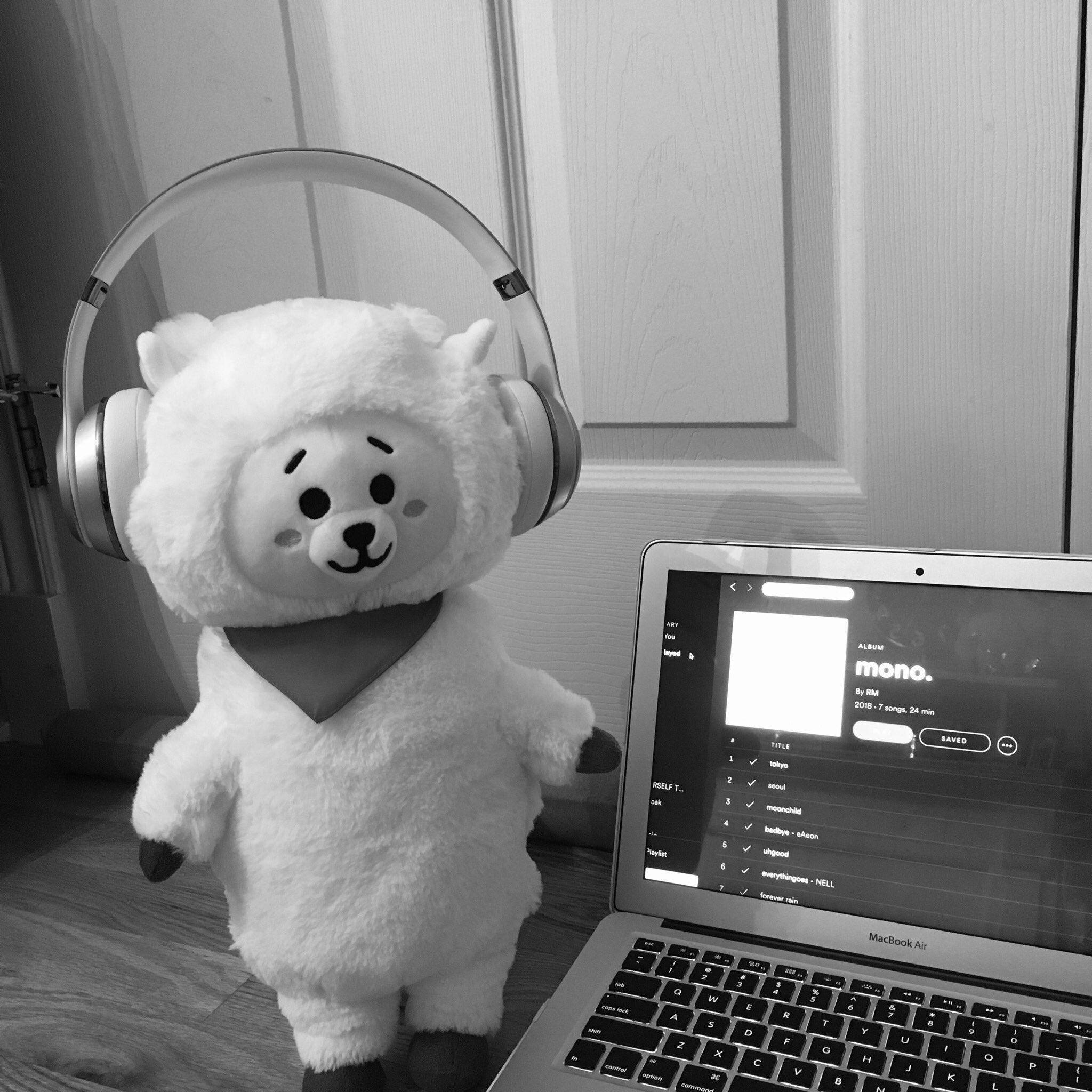 RJ is listening to mono, are you? �� #monoishere   https://t.co/QVtSIbaxk1 https://t.co/qPxthpnD3E