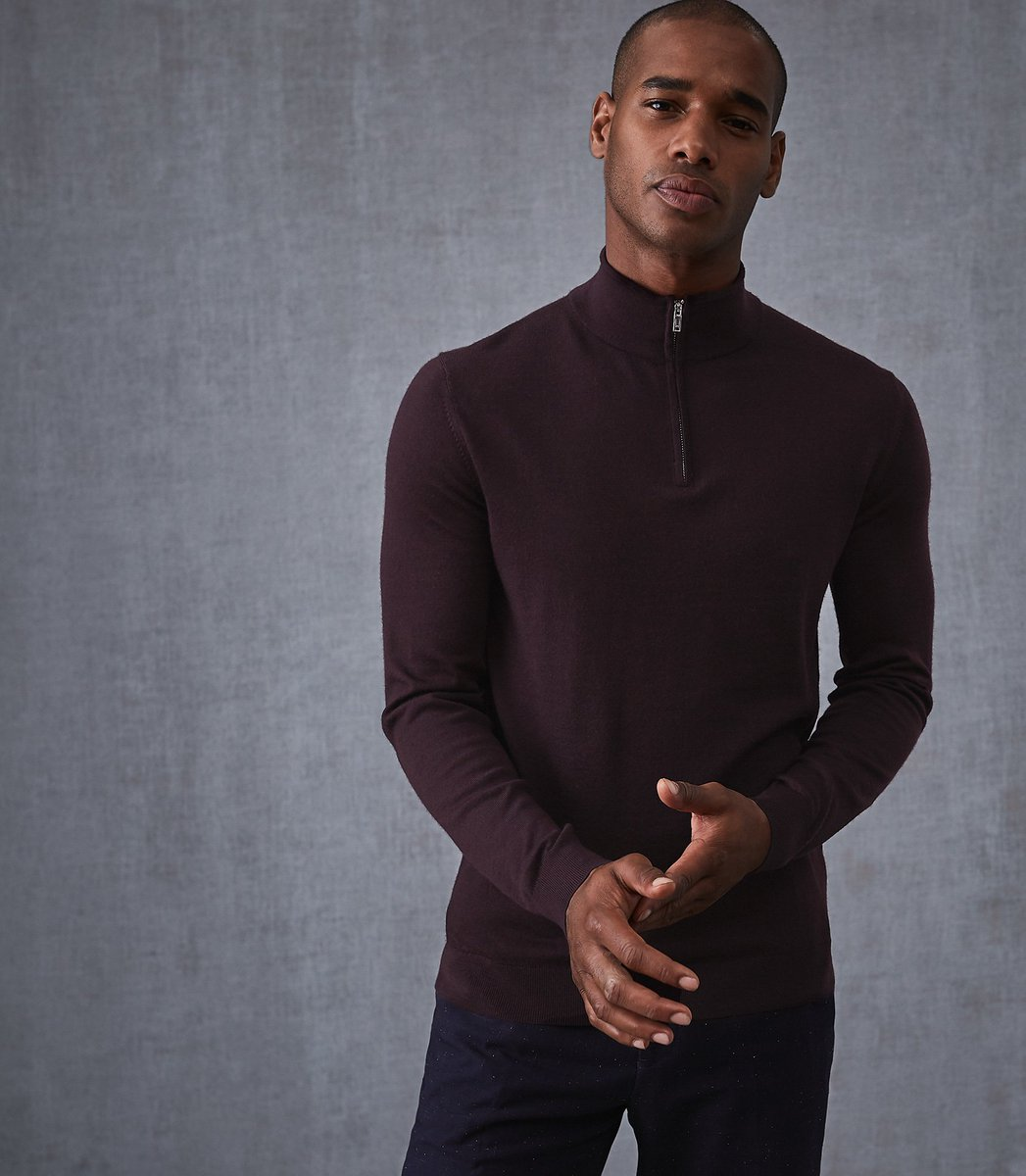 A change of pace from the merino wool crew neck, try the Blackhall zip-up this season. https://t.co/98R91VQwW3