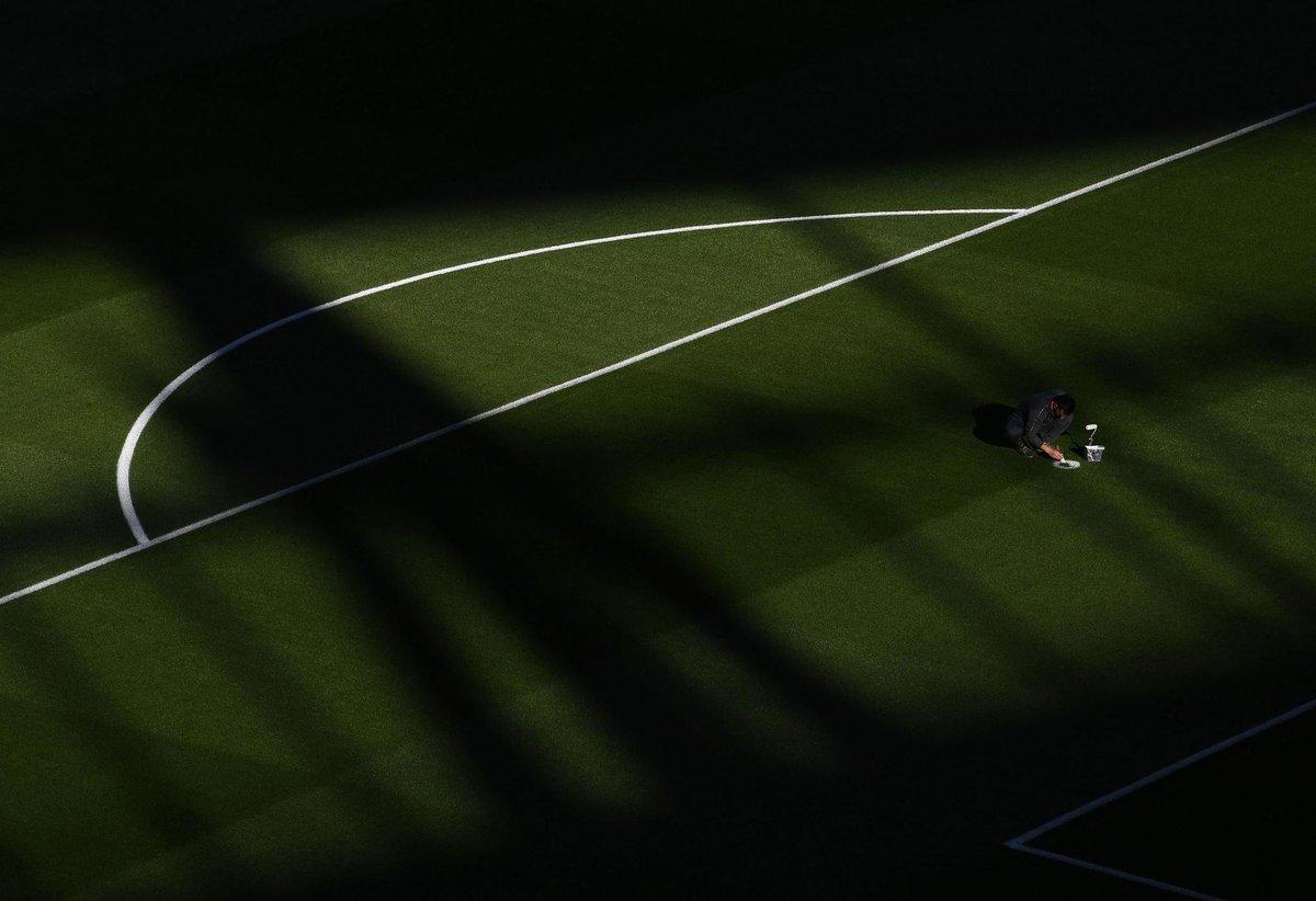 The final Emirates touches... 🖌  #ARSLEI