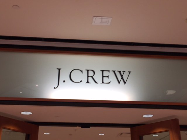 """test Twitter Media - Thanks J Crew for supporting WiNGS Dallas by donating 10% of your sales on last Saturday. We had an AMAZING time meeting your CREW and speaking to your customers on how our programs empower women and impact generations. We enjoyed the """" GOOD KARMA EVENT"""". https://t.co/rdj93yQhqZ"""