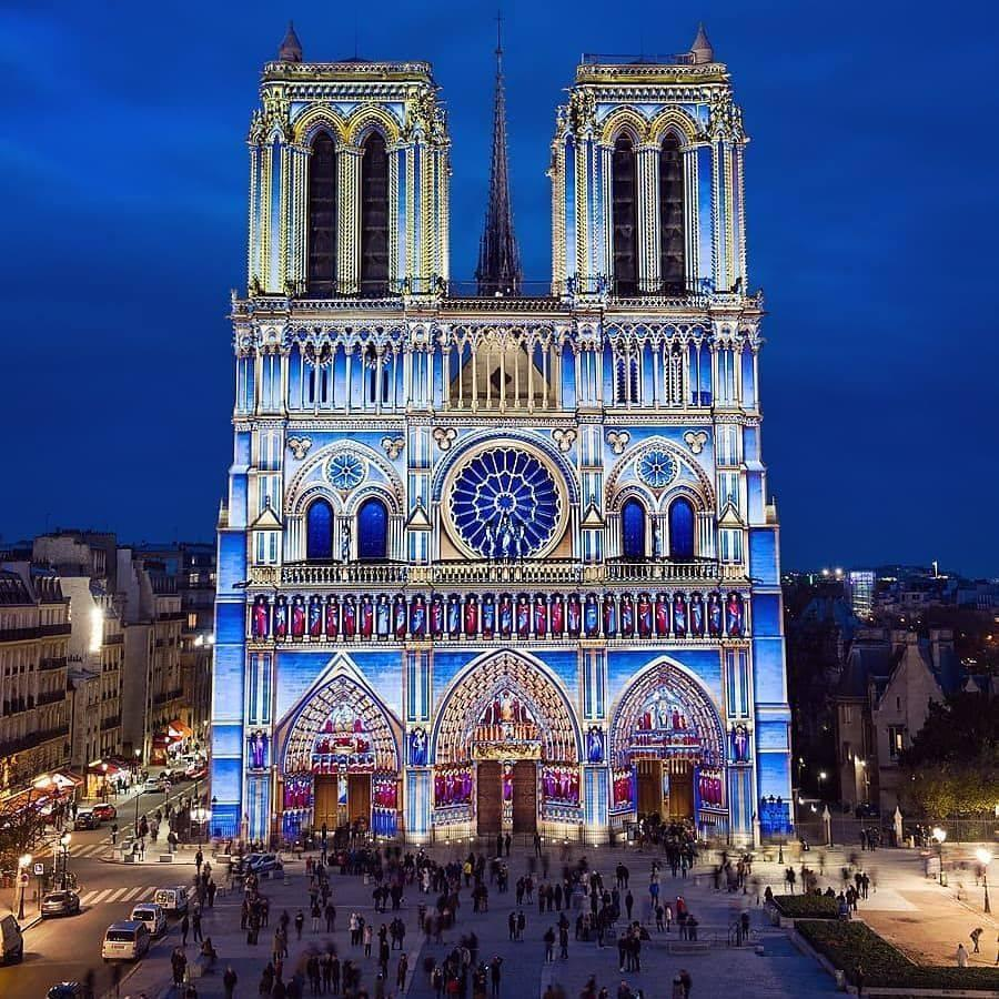 Notre Dame brightens up the City of Light with it's yearly 'Cœur de Dame' illuminations. The landmark will be lit up every night in a colorful display (and it's free!).