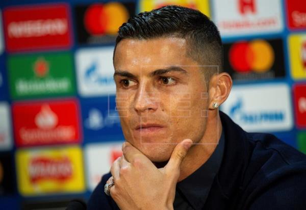 FÚTBOL LIGA CAMPEONES - Cristiano Ronaldo: No me toca hablar del Real Madrid Photo