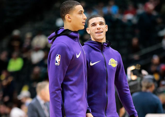 Lonzo Ball and Kyle Kuzma are back in the starting lineup. https://t.co/m8GL3GSq28